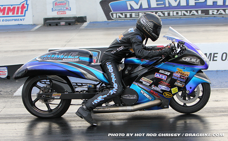 Dme Racing S Jeremy Teasley Takes The Nhdro Top Gas Championship